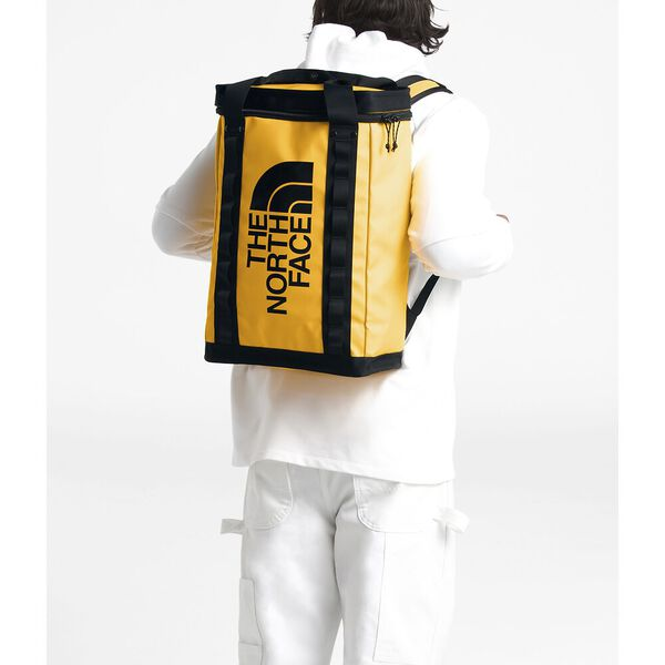 Explore Fusebox - L, TNF YELLOW/TNF BLACK, hi-res